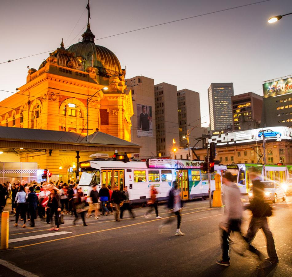 Flinders Street railway station with pedestrians in foreground