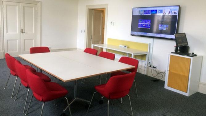 56e08de2ee5 Training Room at Kensington Town Hall - City of Melbourne
